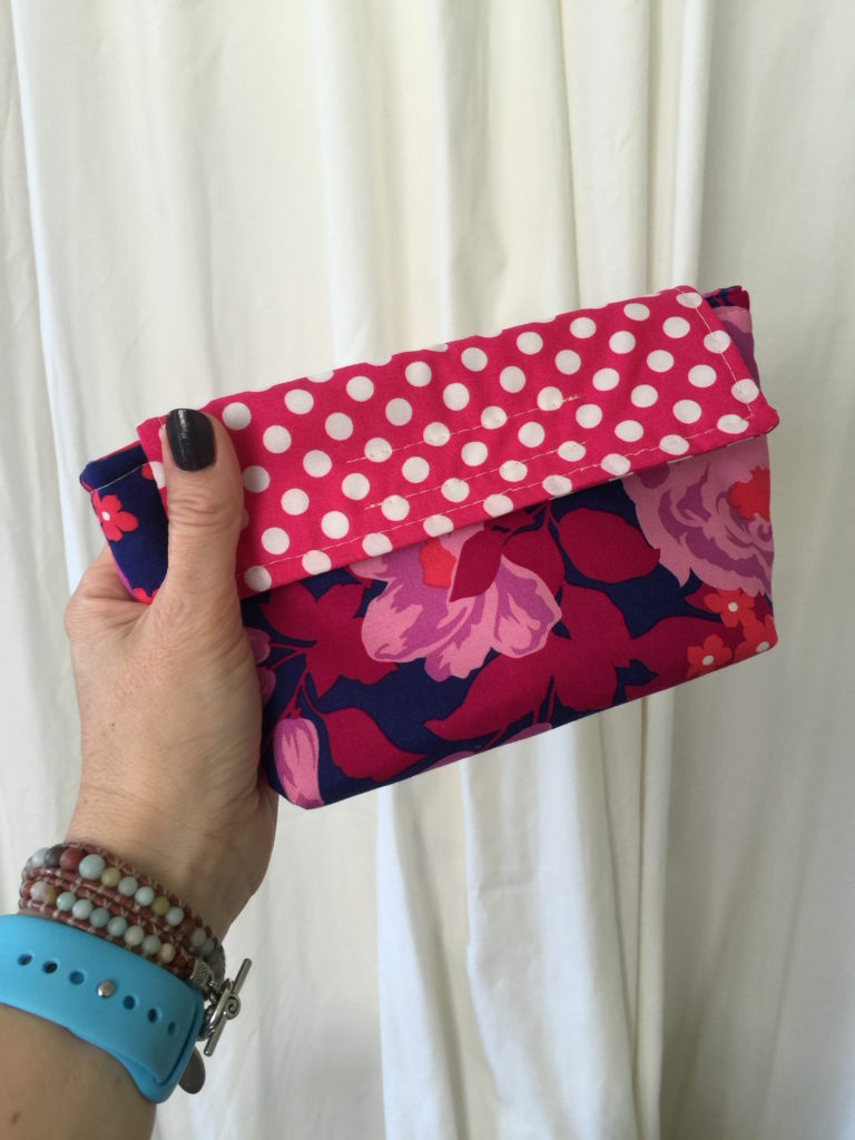 How to sew a cosmetic bag