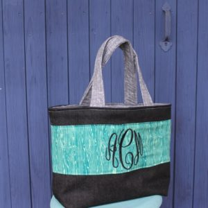 How to sew a monogrammed tote bag