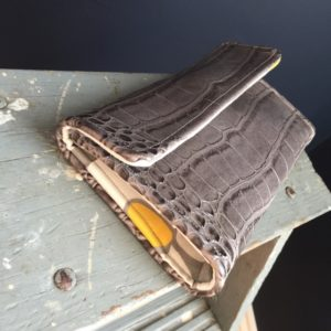 How to sew a faux leather wallet