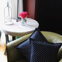 How to Sew A Removable Zippered Flanged Pillow Slipcover by Sewspire