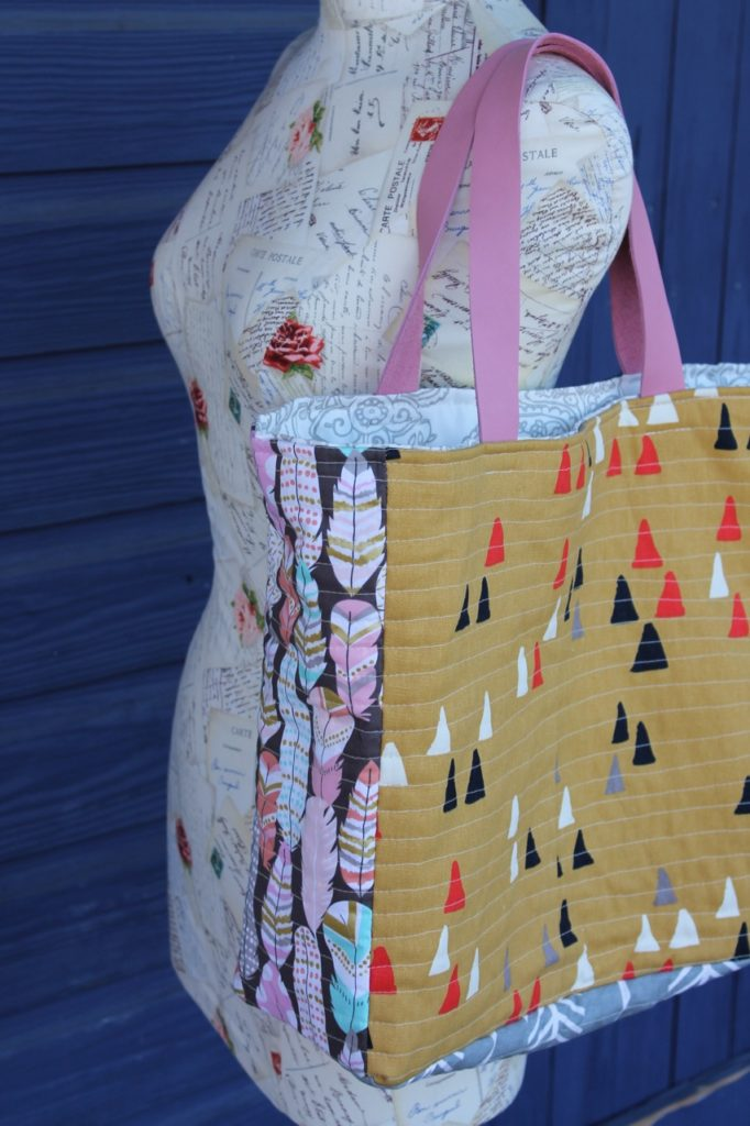 How to sew the P.S. I Love You Tote Bag by Sewspire