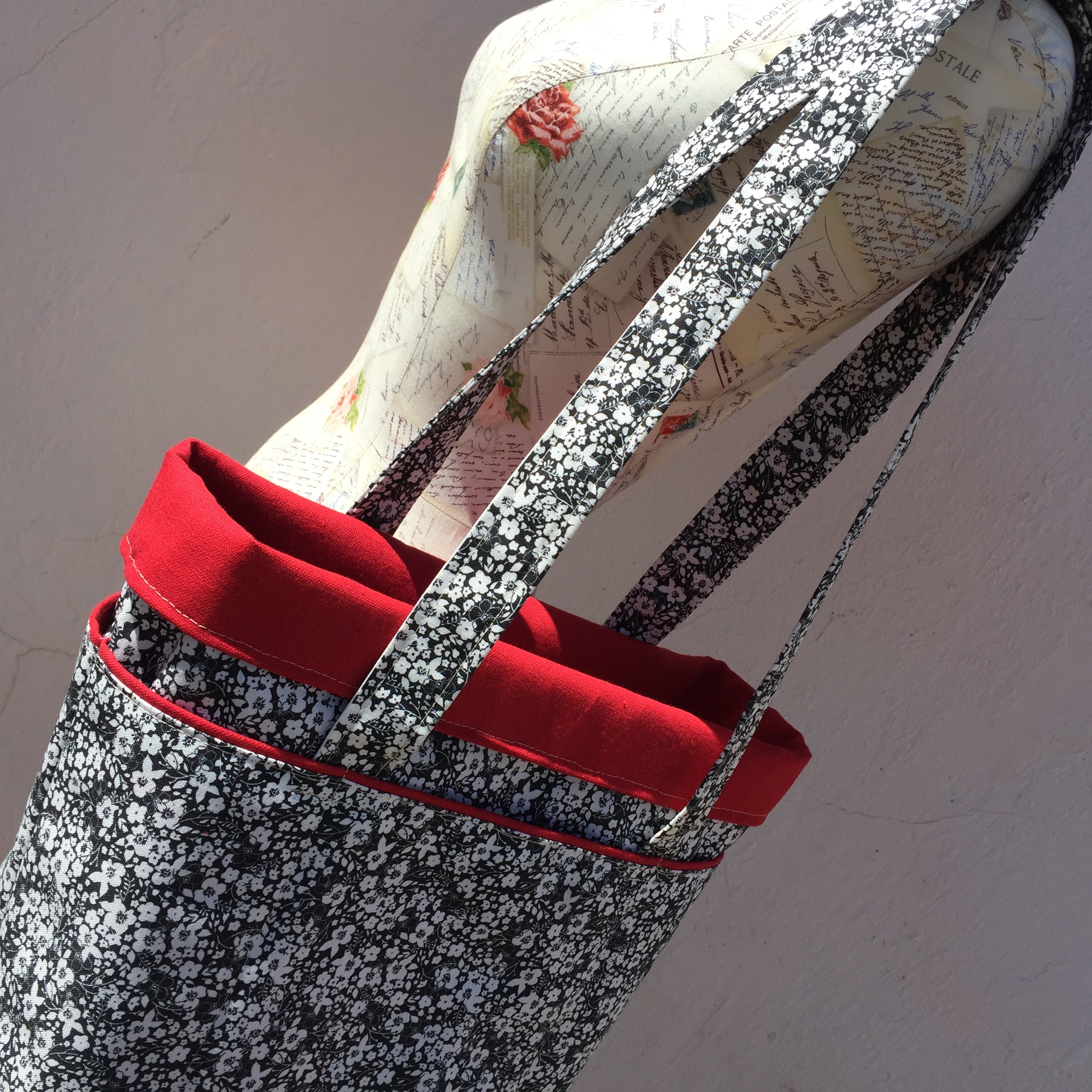 How to sew a six pocket tote bag