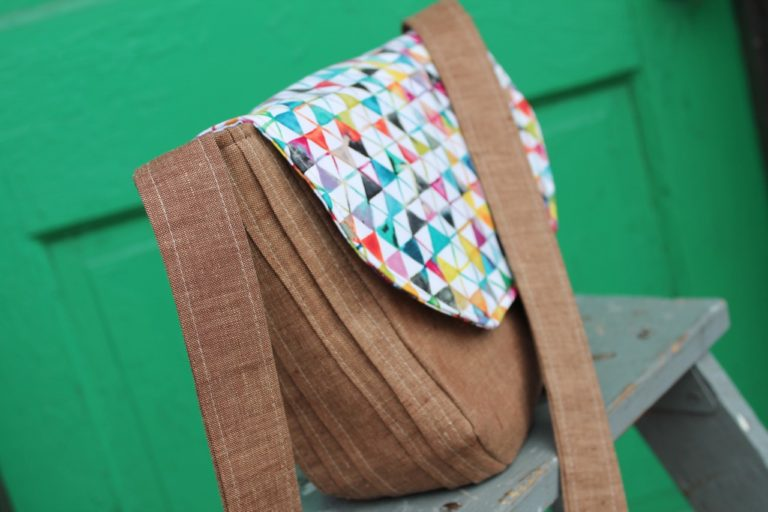 How to sew a linen hipster crossbody bag + studio tours