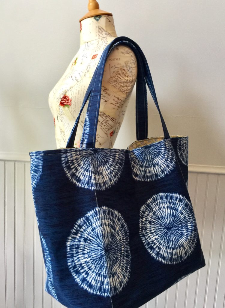 How to sew the Ultimate Reusable Grocery Shopping Tote Bag by Sewspire