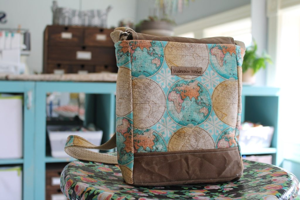 How to sew a press lock purse by Sewspire