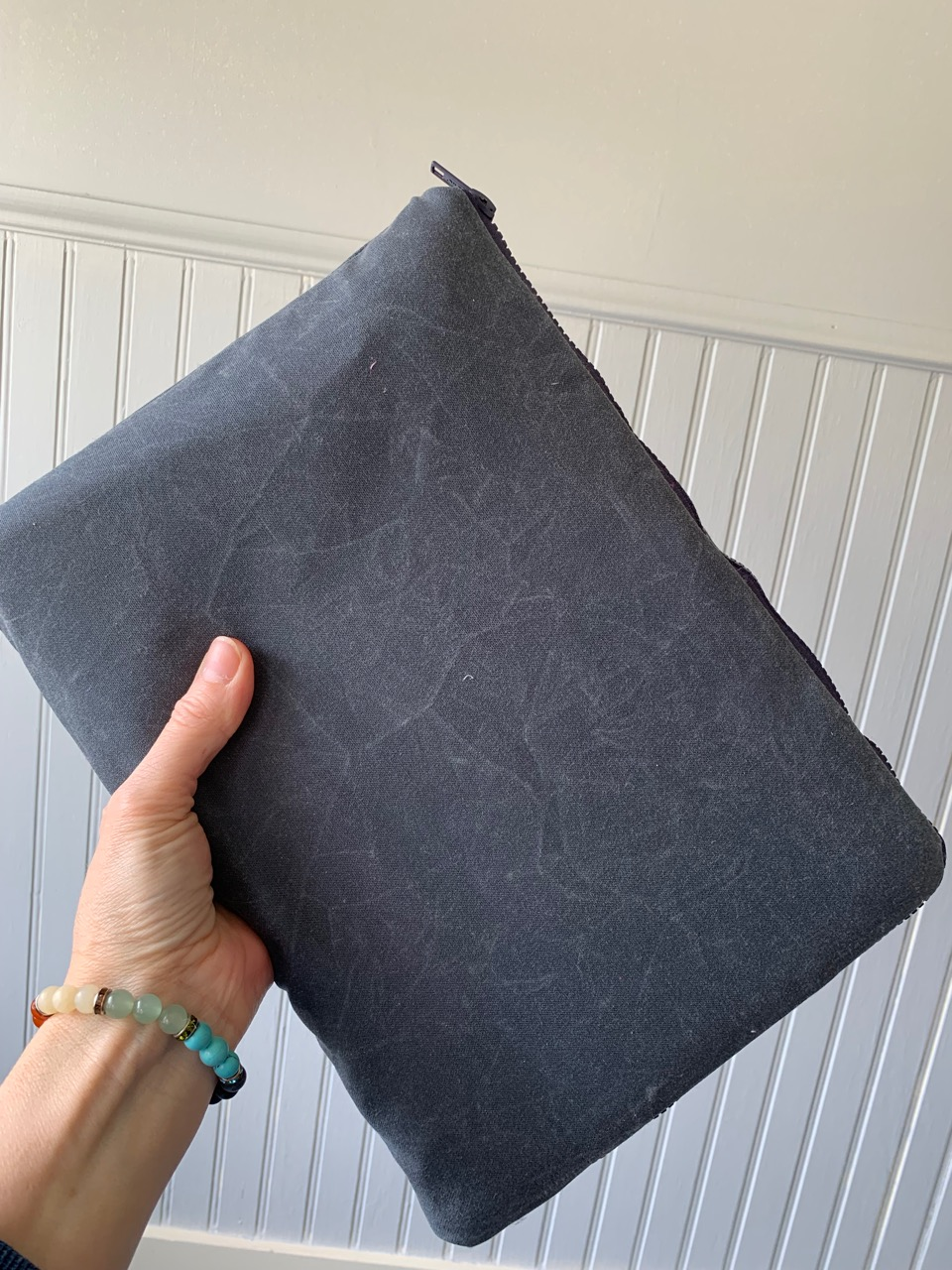 How to sew a zippered waxed canvas macbook pro sleeve by Sewspire