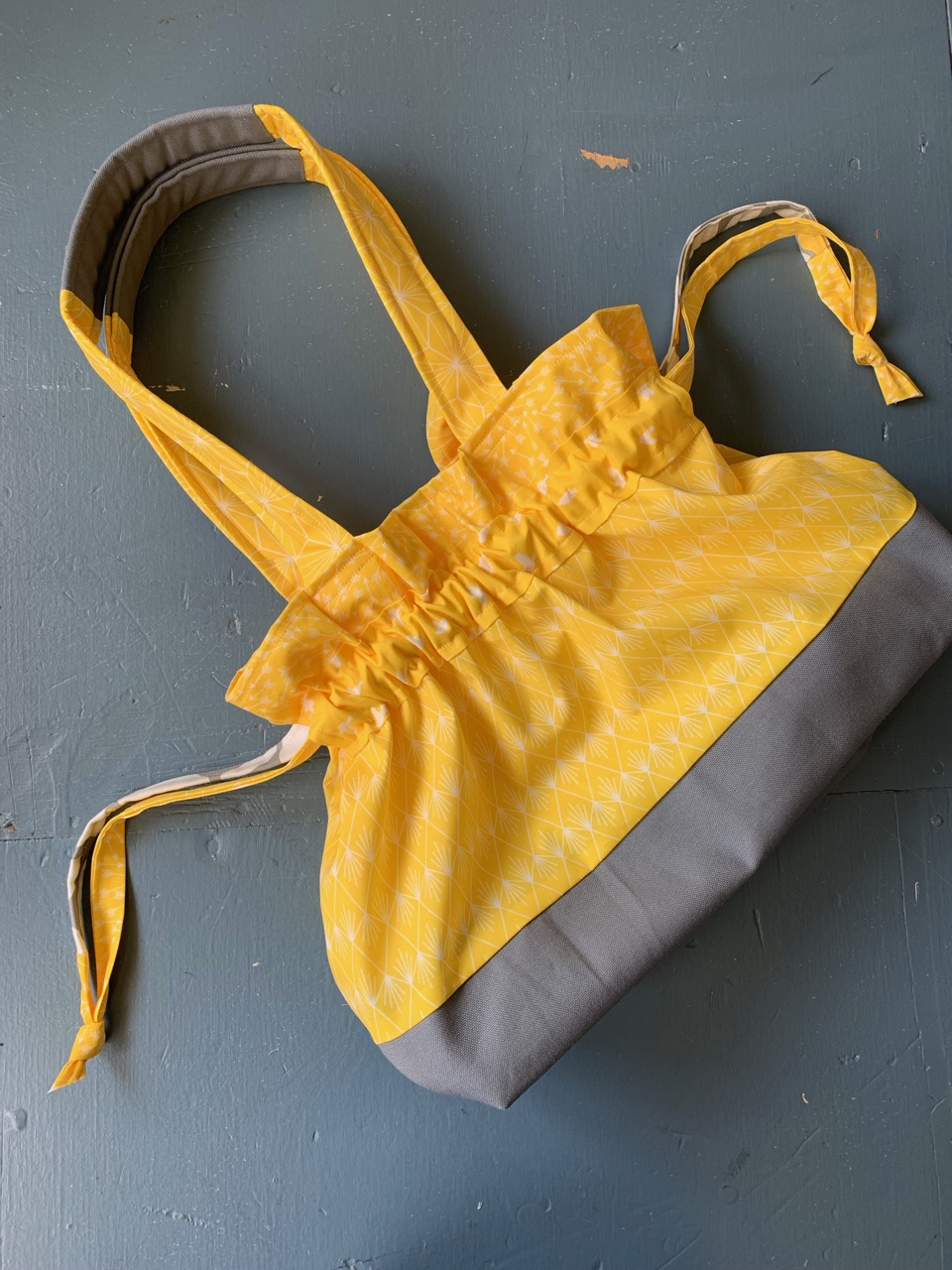 Sunny Days Ahead Tote Sewing Tutorial by Sewspire