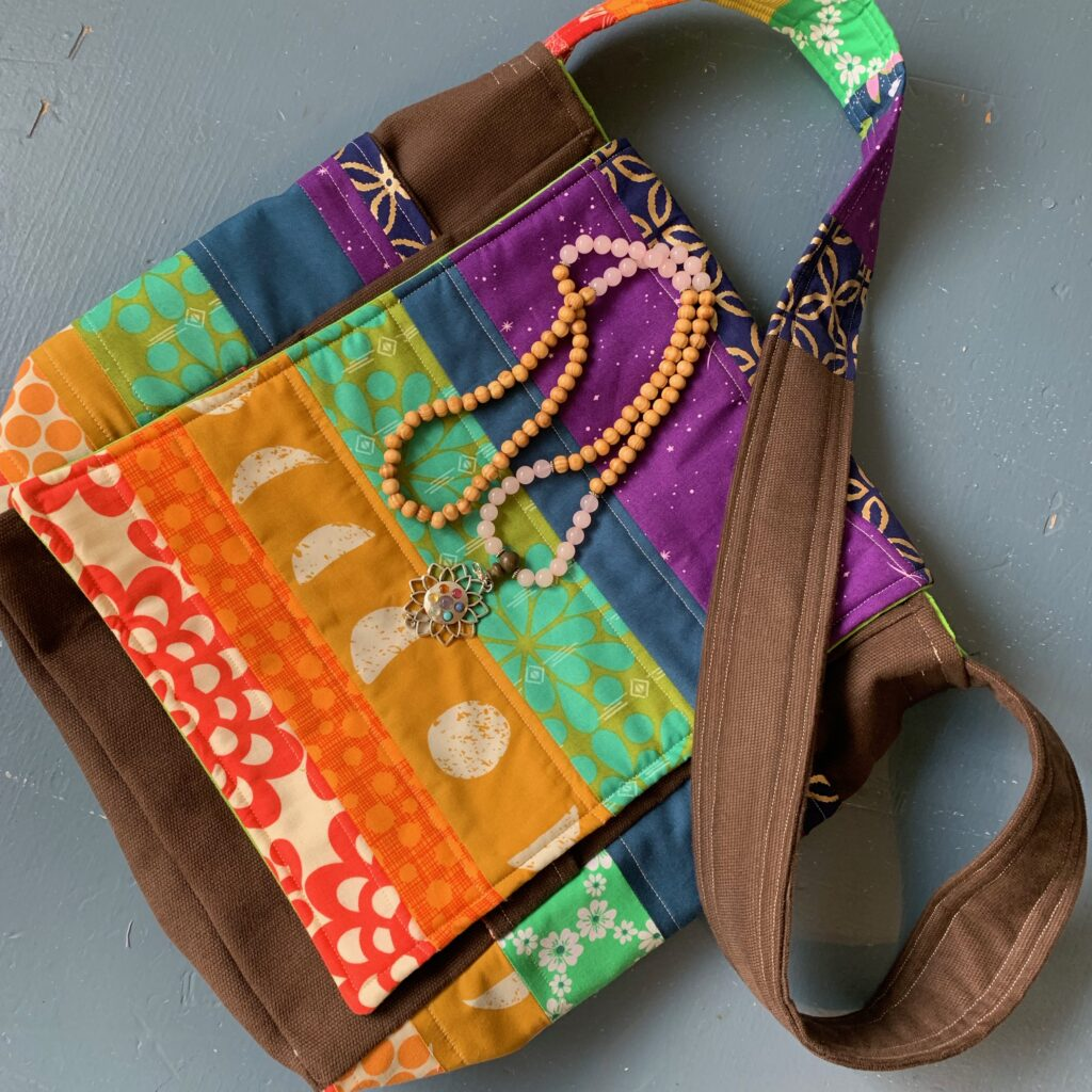 7 Chakra Inspired Messenger Bag Tutorial and Pattern