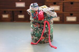 How to sew a drawstring fabric bin